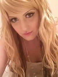 Sexy blonde girl next door!! LET'S PLAY!!