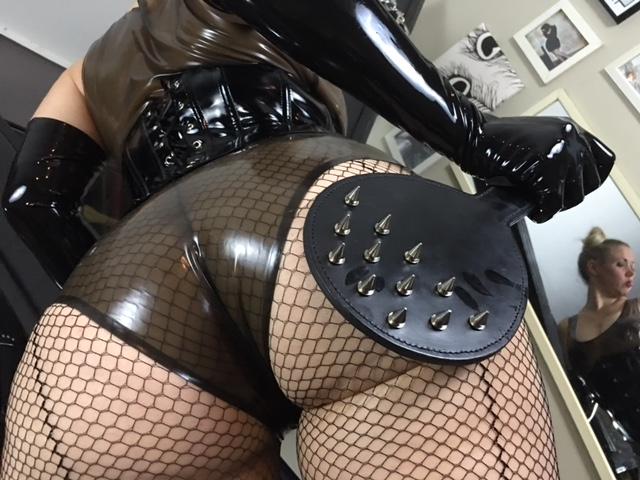 Mistress Victoria Vixen